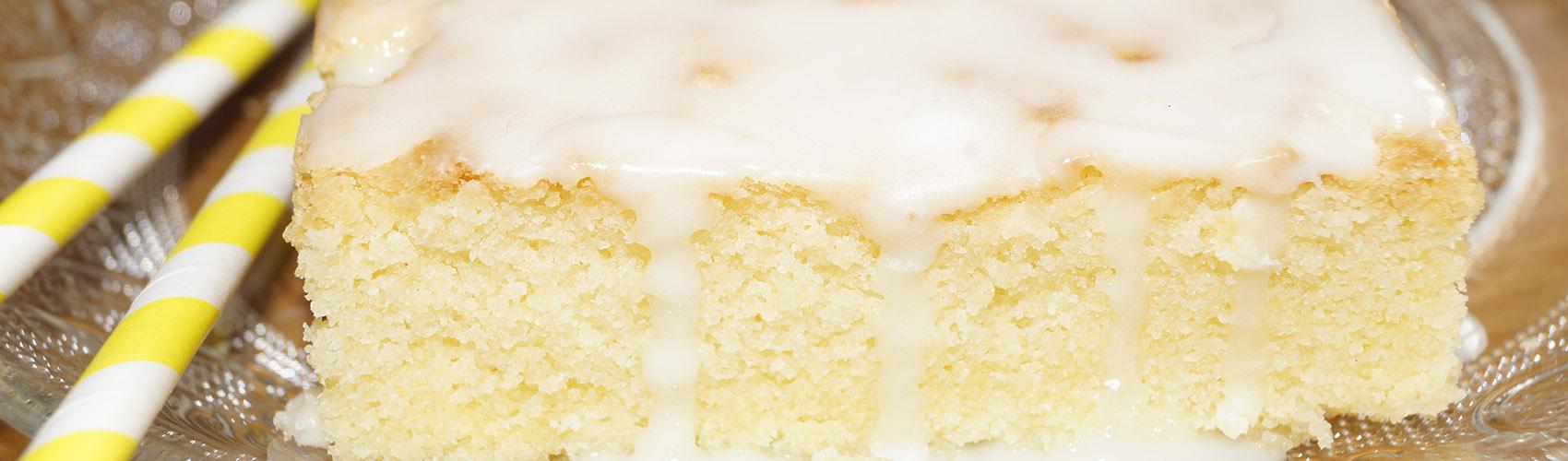 Zitronenkuchen Mit Zuckerguss Leckergebacken