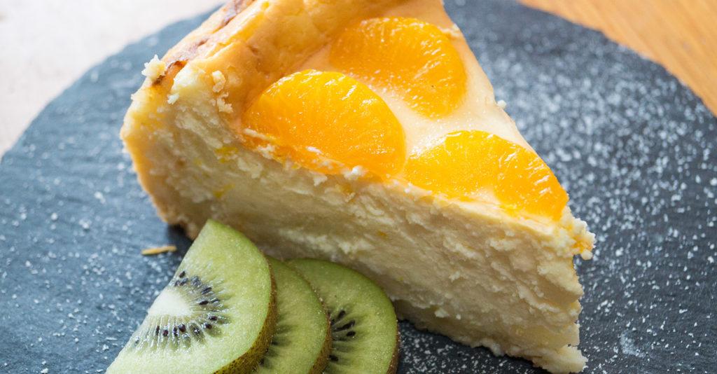 Mandarinen auf dem Käsekuchen